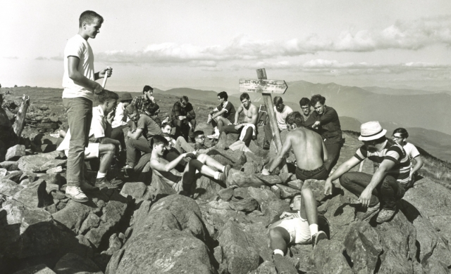 1968   A group of students on Mount Moosilauke during the Class of 1972's first-year trip.
