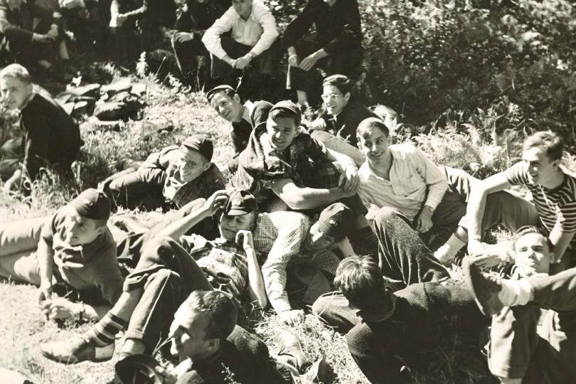 First years from the Class of 1943 take a break together while on their trip.